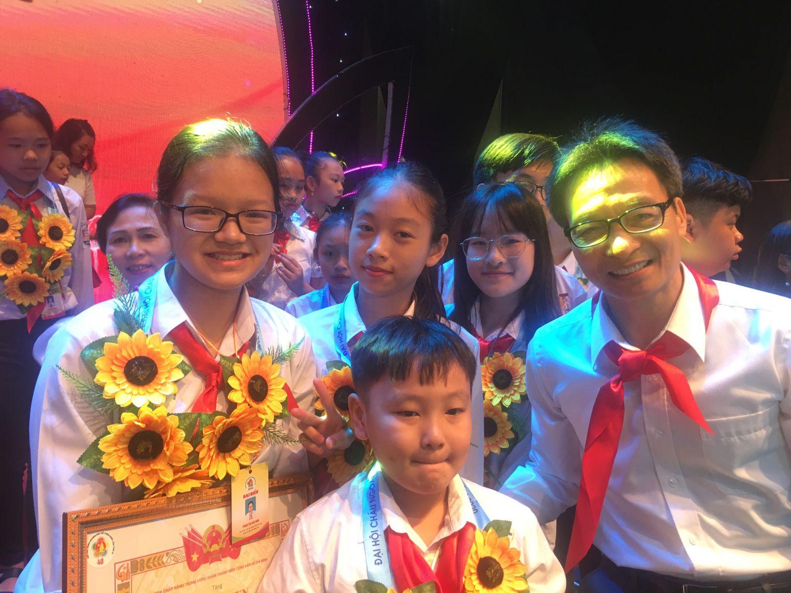 Đoàn đại biểu thiếu nhi Hưng Yên kết thúc tốt đẹp hành trình tham gia Đại hội Cháu ngoan Bác Hồ toàn quốc lần thứ IX