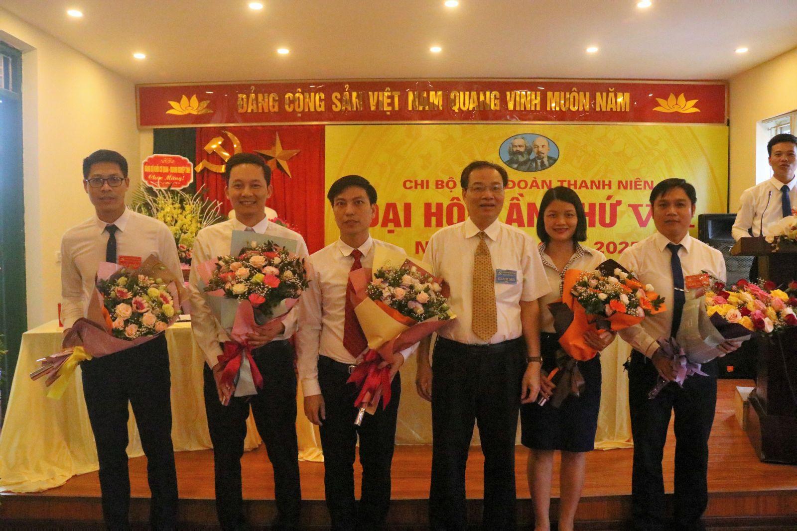 Đại hội Chi bộ Tỉnh đoàn Hưng Yên lần thứ VII, nhiệm kỳ 2020-2025 thành công tốt đẹp