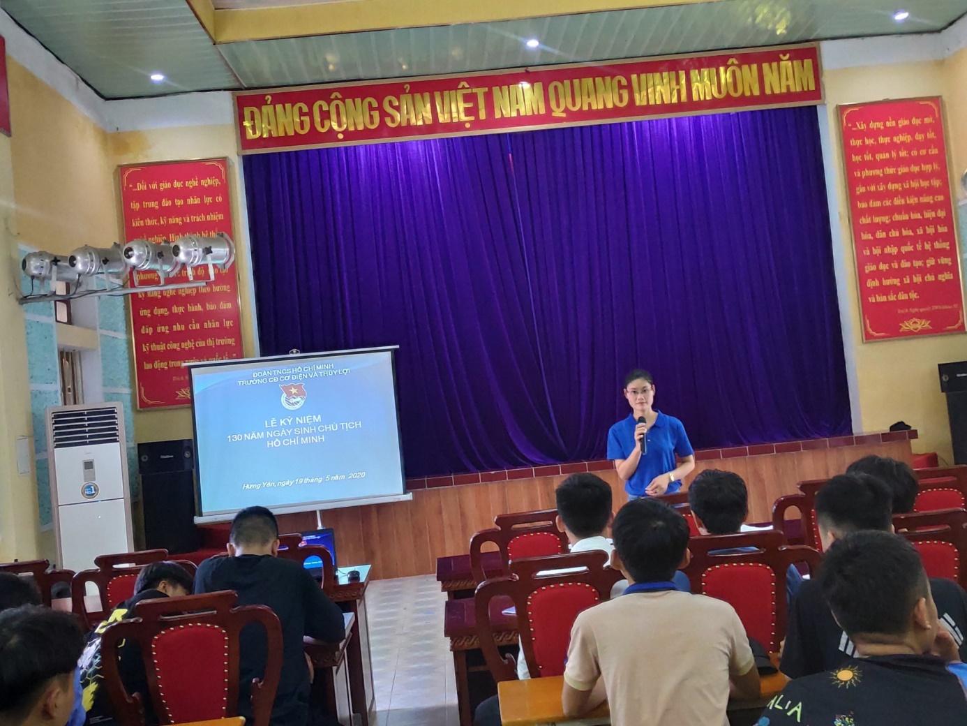 Đoàn trường Cao đẳng cơ điện thủy lợi Hưng Yên tổ chức lễ kỷ niệm 130 năm ngày sinh chủ tịch Hồ Chí Minh