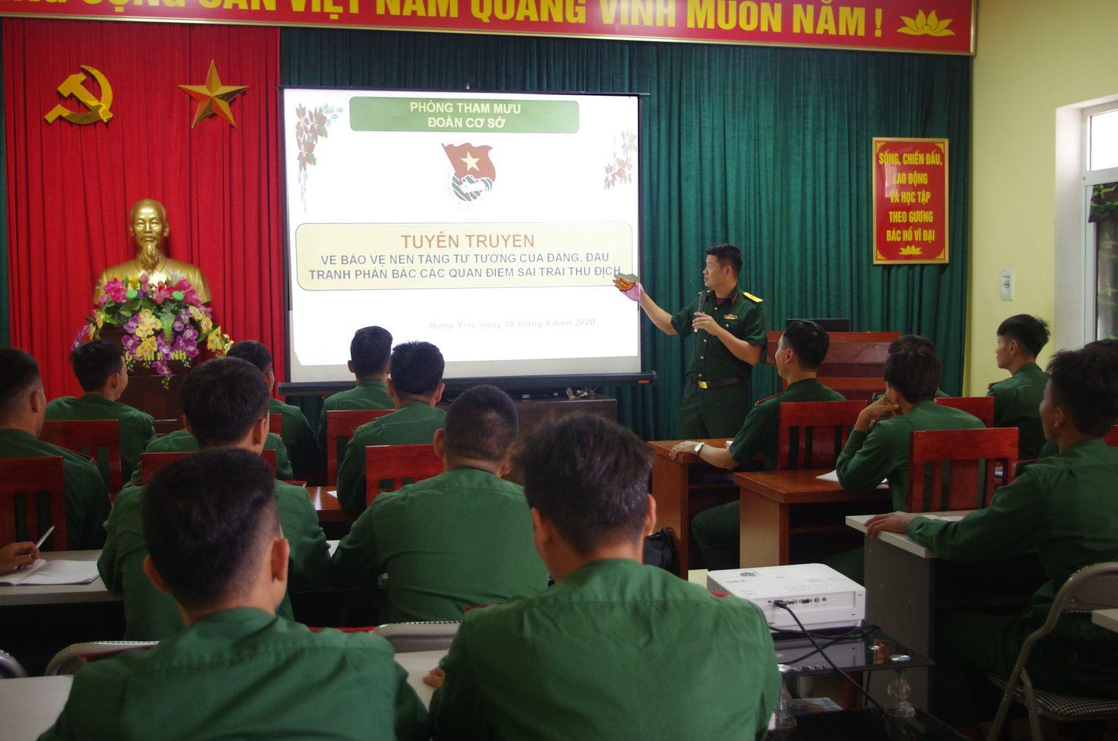 Đoàn TN Bộ CHQS tỉnh tổ chức tập huấn bảo vệ nền tảng tư tưởng của Đảng, đấu tranh phản bác các quan điểm sai trái, thù địch.