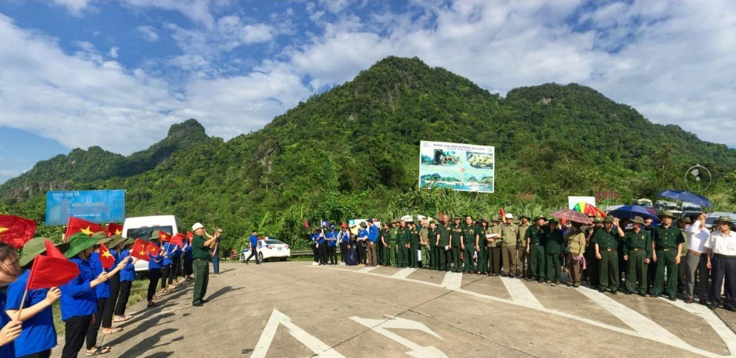 Hành trình thăm địa chỉ đỏ của lực lượng Cựu TNXP tỉnh Hưng Yên tham gia mở đường Trường Sơn