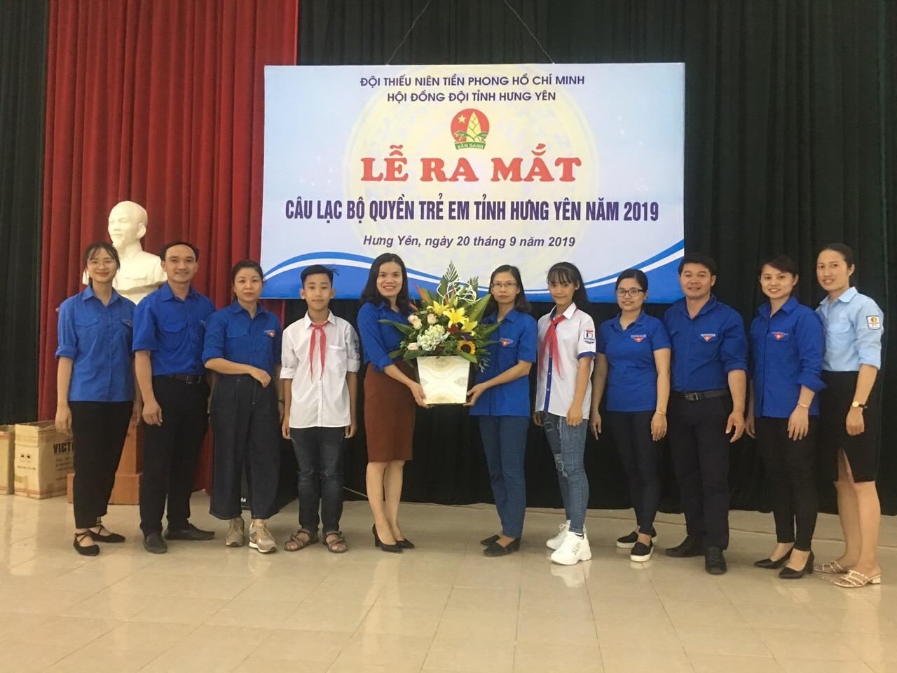 """Lễ ra mắt Câu lạc bộ """"Quyền trẻ em"""" tỉnh Hưng Yên năm 2019"""