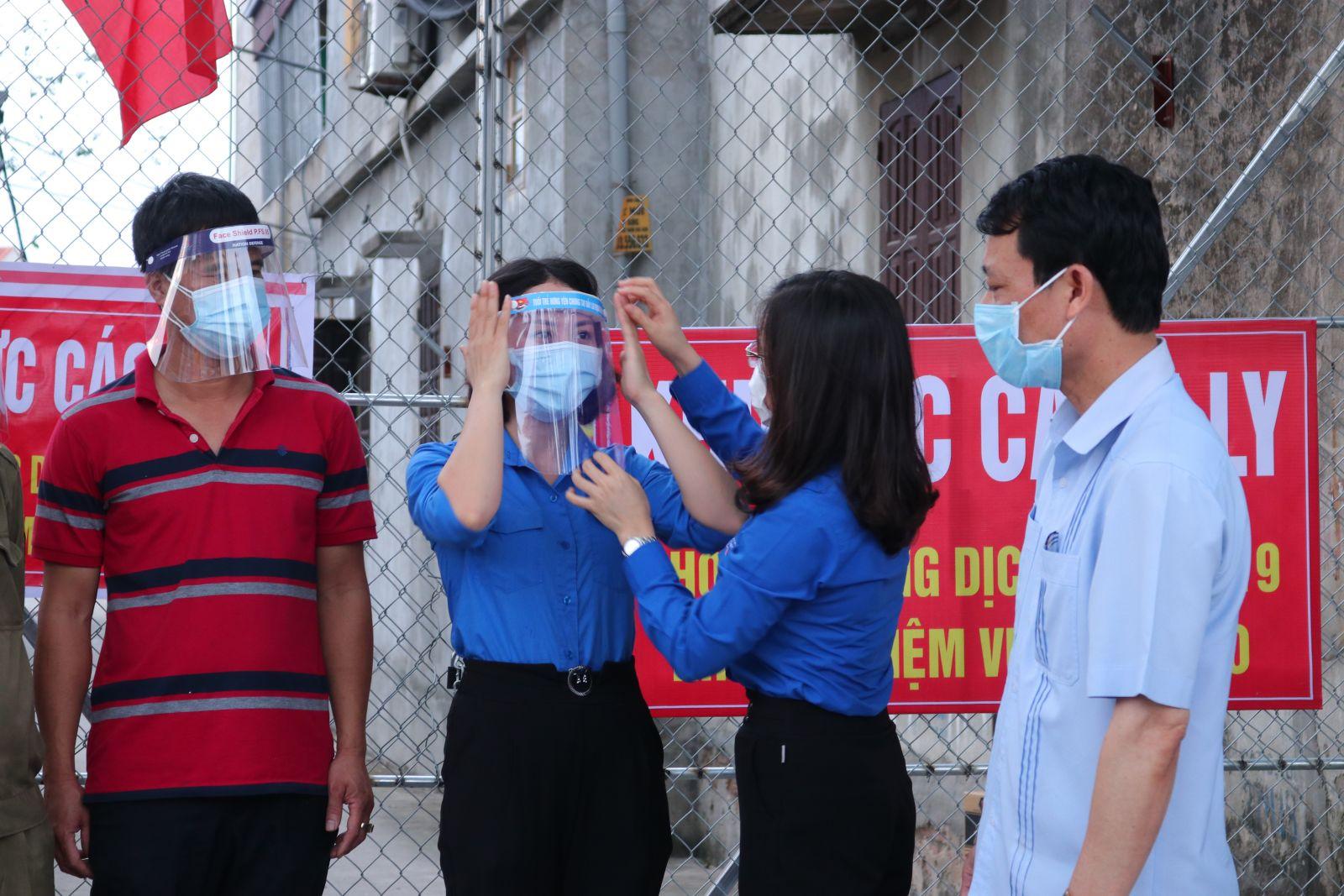 Tuổi trẻ tỉnh Hưng Yên chung tay hỗ trợ huyện Khoái Châu, Thị xã Mỹ Hào  phòng, chống dịch bệnh Covid-19