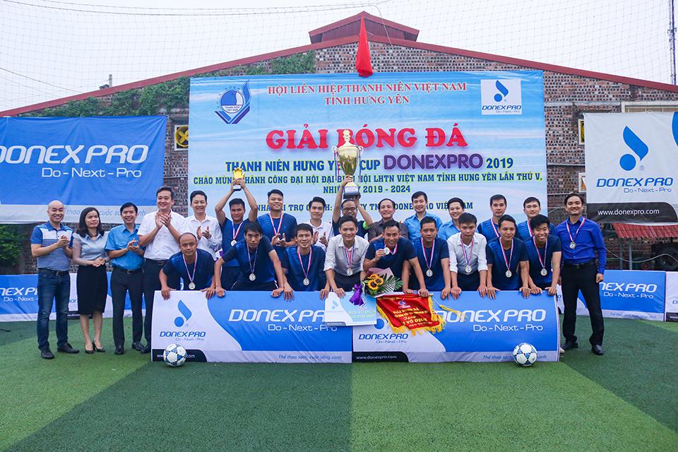 Hội LHTN Việt Nam tỉnh tổ chức lễ Bế mạc Giải bóng đá thanh niên Hưng Yên - Cup DONEXPRO 2019