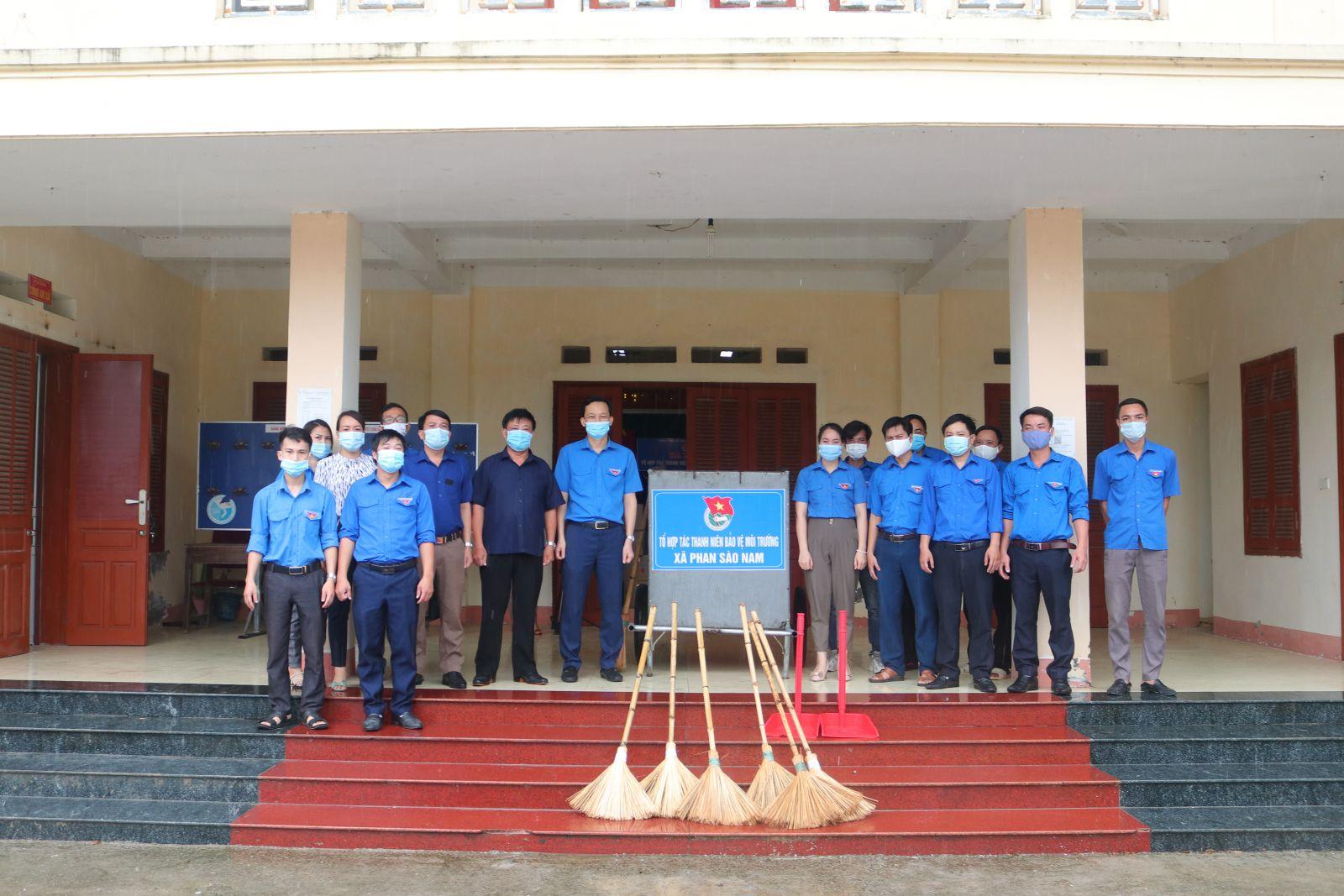 Ra mắt Tổ hợp tác thanh niên bảo vệ môi trường xã Phan Sào Nam, huyện Phù Cừ