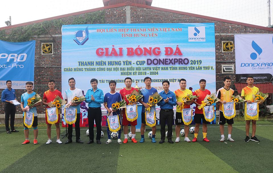 Ủy ban Hội LHTN Việt Nam tỉnh tổ chức Lễ Khai mạc giải bóng đá thanh niên Hưng Yên - Cup DONEXPRO 2019