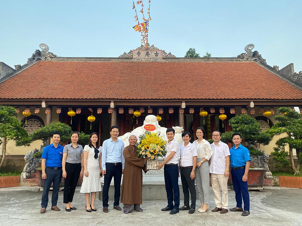 Ban Thường vụ Tỉnh đoàn, Hội Liên hiệp thanh niên Việt Nam tỉnh Hưng Yên tổ chức hoạt động chúc mừng Lễ Phật đản 2020